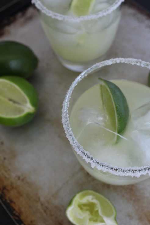 classic and sweet margarita | alwayseatdessert.com